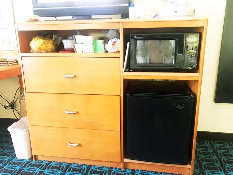 Hotel_fridge